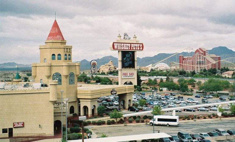 Best Truck Stops In The Usa Whiskey Pete's In Primm Nevada