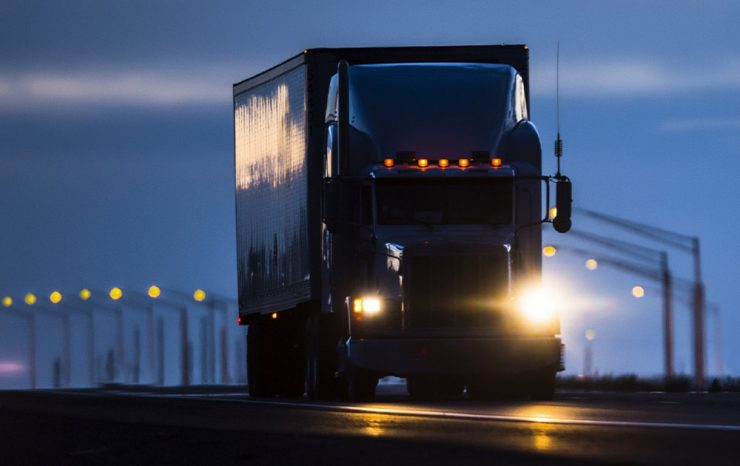 9 Things To Prepare For Night Truck Driving
